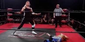 Chris Hero vs Jerry Lynn ROH on HDNet