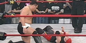 Samoa Joe vs Amazing Red